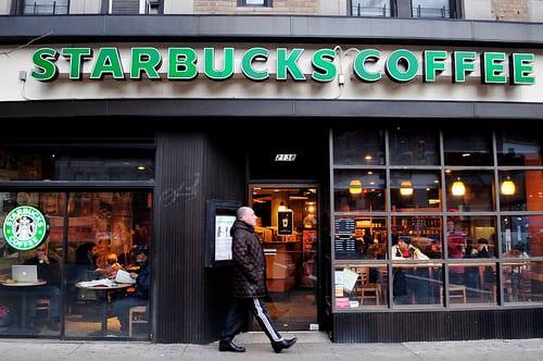 Starbucks görsel görsel