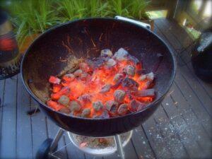 Kömür ateşi keyifli iştir